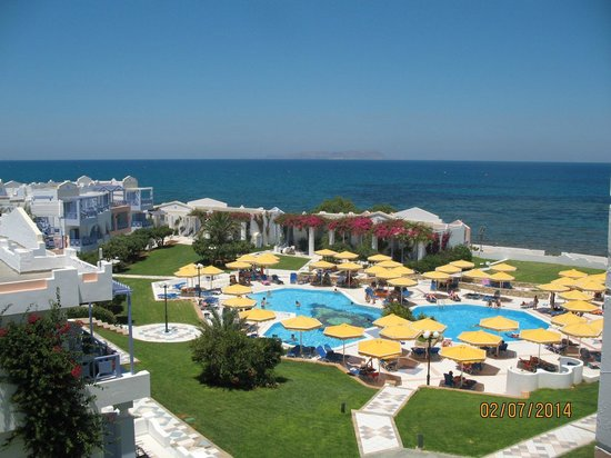 Mitsis Serita Beach Hotel: Территория отеля