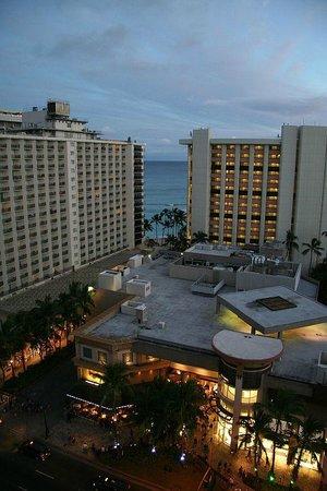 Holiday Inn Resort Waikiki Beachcomber: left
