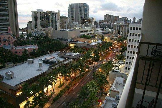 Holiday Inn Resort Waikiki Beachcomber: right right