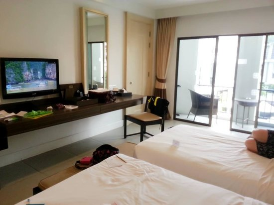 Sawaddi Patong Resort & Spa : my room