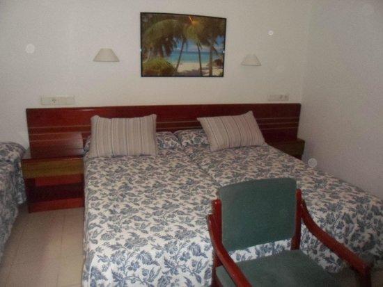 Hostal Bellavista: habitación. Las camas muy cómodas.