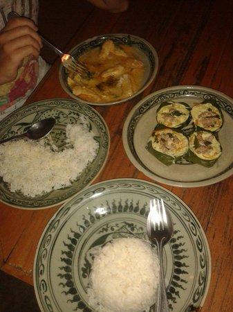 Sabaidee Guesthouse : Très bon dîner !