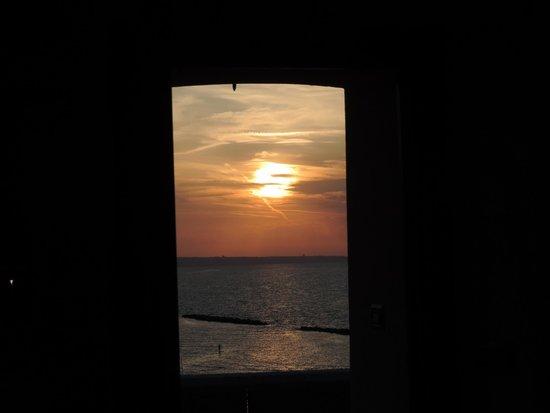 Il tramonto sul mare visto dall 39 osteria dentro le mura for Dentro le mura