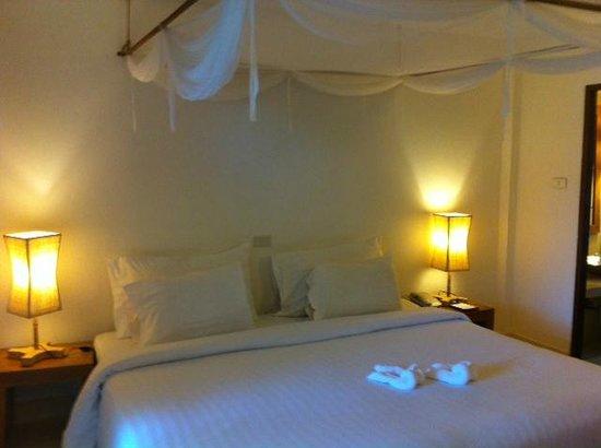 Aana Resort & Spa: deluxe room
