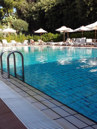 Garden & Villas Resort: piscina hotel