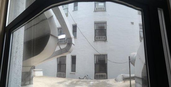 Hotel Whitcomb: а из нашего окна...