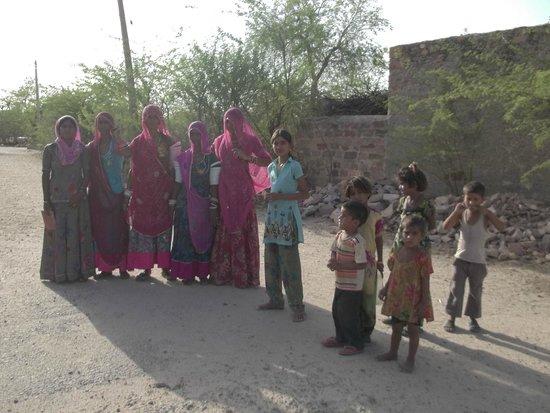 Chandelao Garh : Local Villagers