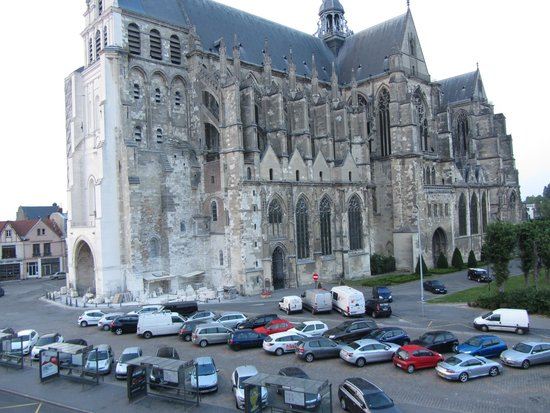 vis a vis photo de ibis saint quentin basilique saint quentin tripadvisor. Black Bedroom Furniture Sets. Home Design Ideas