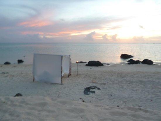 Pacific Resort Aitutaki: our private romantic boudein style tent