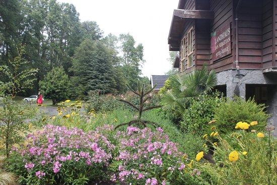 Landhaus San Sebastian: Vue sur l'hôtel