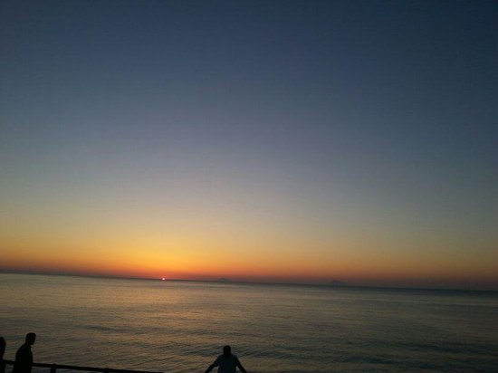 Villaggio Baia Calava: tramonto da favola