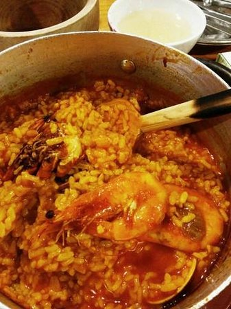 Taberna Maceira : steamed style seafood paella
