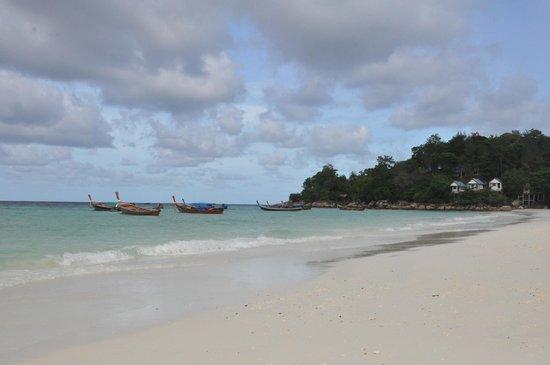 Mali Resort Pattaya Beach Koh Lipe: Pattaya Beach in front of Mali