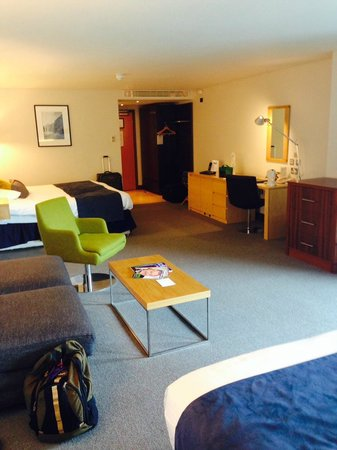 Millennium Madejski Hotel Reading: General room shot