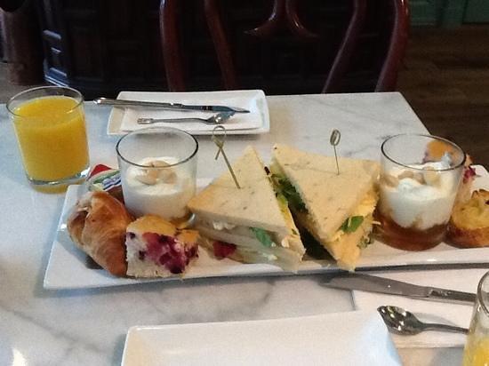 't Hotel: a nice breakfast ...