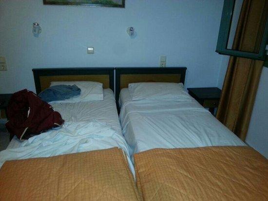 Nikolas Villas Appartments : Beds