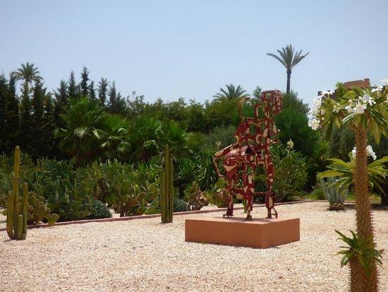 Hôtel Dar Sabra Marrakech : Dans le parc de l'hôtel