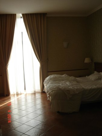 Hotel Nuvo: Room