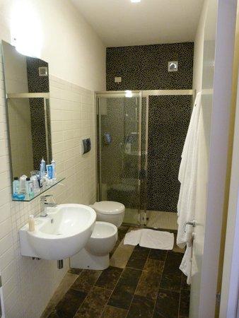 Hotel dell'Orologio : bagno delle bambine