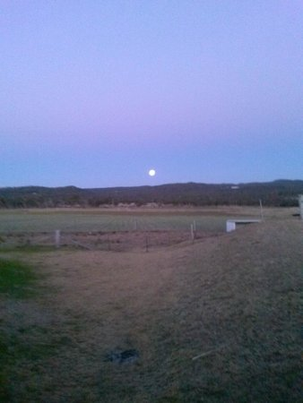 Ridgemill Estate: Cabins in the Vineyard: A Full Moon on the coldest night in 100 years!