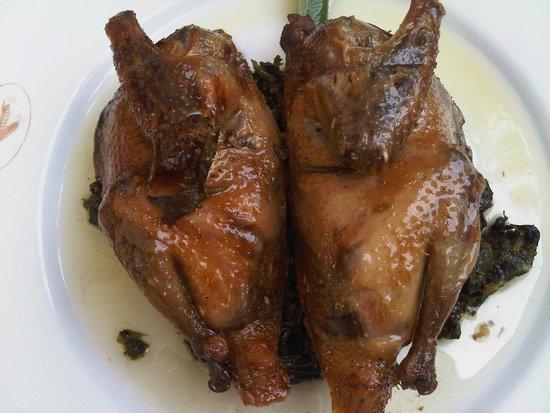 Ristorante Il Granaio : Piccione arrosto su letto di Bietola (il sapore della bietola è quasi meglio del piccione).