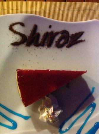 Shiraz Eat and Drink: raspberry cheesecake, naughty but very nice !