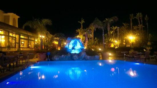 Sorriso Thermae Resort & Spa: Центральный бассейн