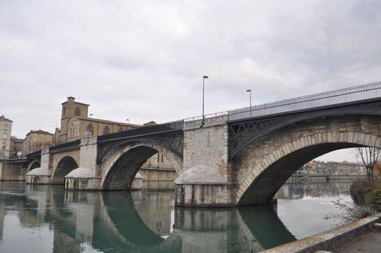 Romans-sur-Isere, Prancis: Old Town 2