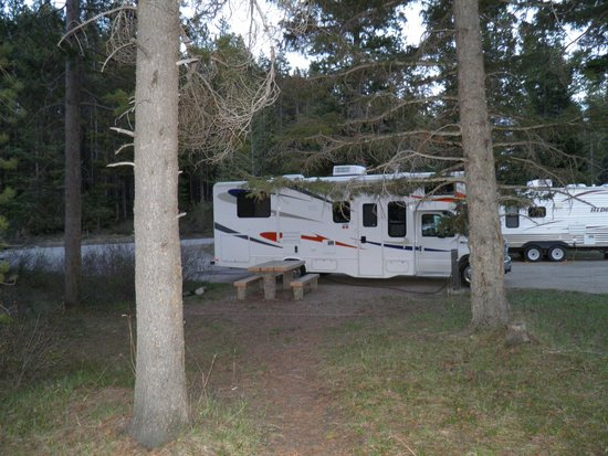 Lake Louise Campground: Lot 29