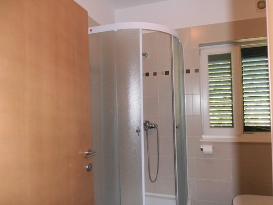Guest House Ankora: bagno
