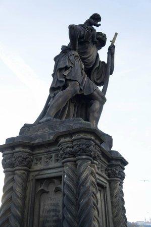 Puente de Carlos: Святой Христофор, покровитель путешественников