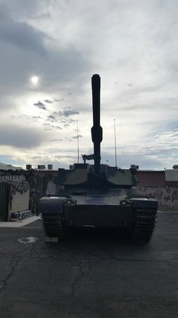 Battlefield Vegas: One of the tanks on the lot