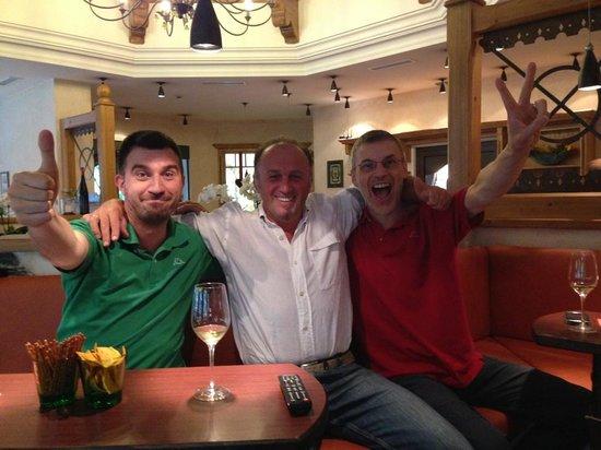 Hotel Bergzeit: Anche qui si e' tifati Italia...
