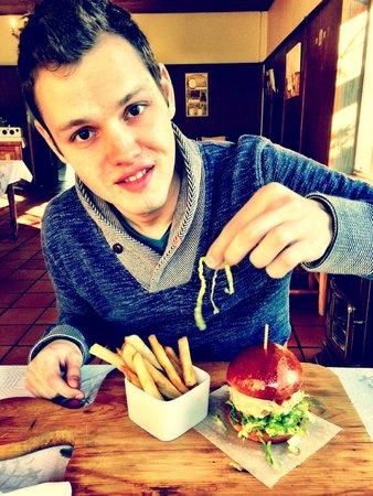 Stormsvlei Farm Stall & Restaurant: Pork Burger...delish!
