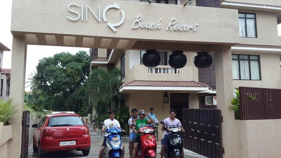 SinQ Beach Resort: Hotel Entrance