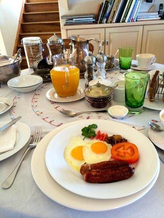 Kanonkop Guest House: Breakfast
