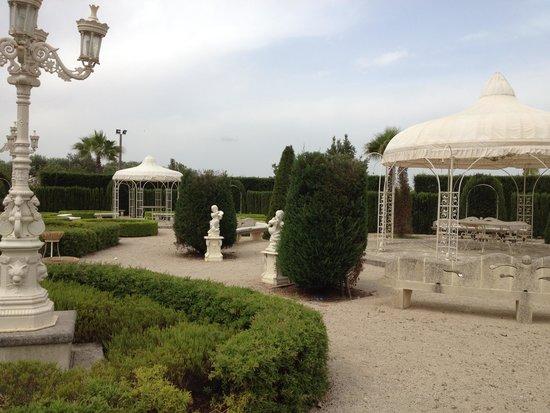 Sangiorgio Resort: Giardino