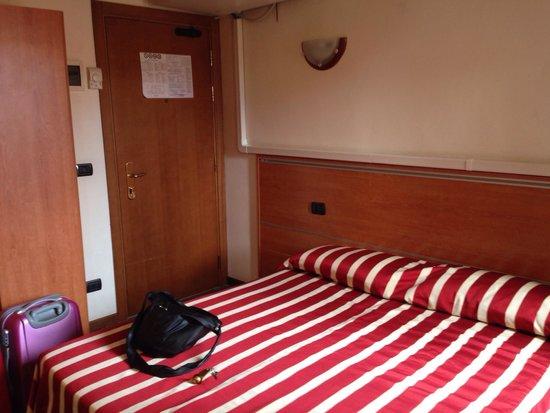 Hotel Bartolomeo: Cama