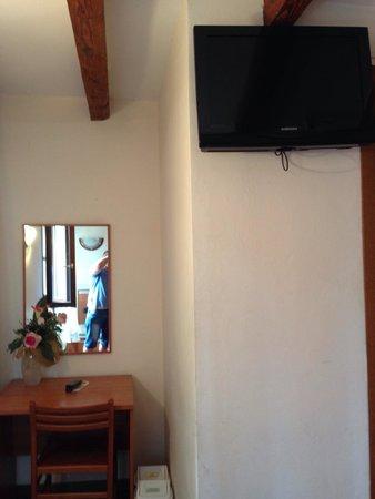 Hotel Bartolomeo: Tv
