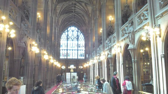 The John Rylands Library: Reading hall