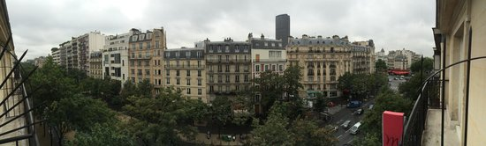 Mercure Paris Montparnasse Raspail : Esto es una panoramica desde el balcon de la 522