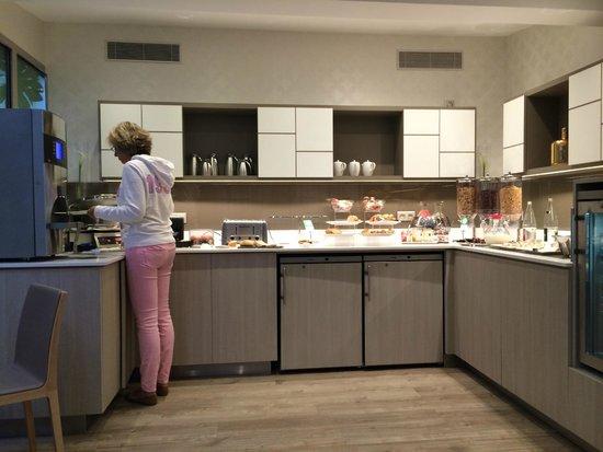 Mercure Paris Montparnasse Raspail: Los desayunos, como en tu casa!! Muy rico todo.