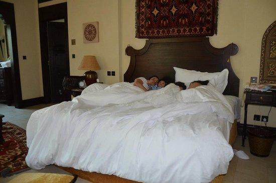 Jumeirah Dar Al Masyaf at Madinat Jumeirah : King Bed