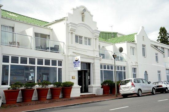 Windsor Hotel & Apartments : Außenansicht (Meerseite)