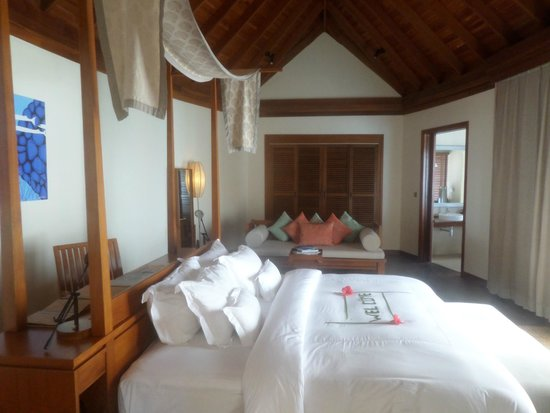 Anantara Dhigu Maldives Resort: ROOM IN OVERWATER SUITE