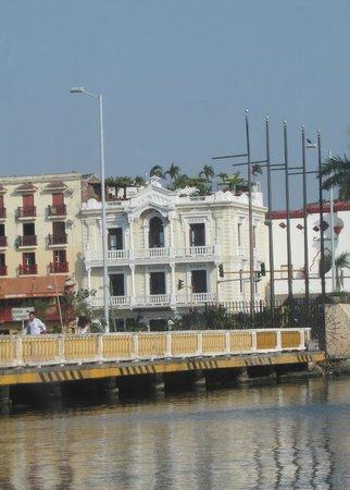 Hotel Monterrey : bello estilo republicano