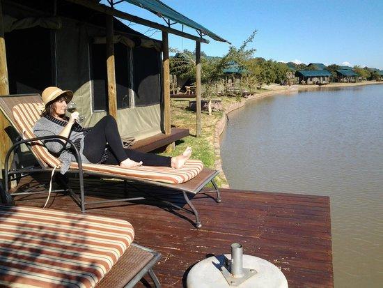 Buffelsdrift Game Lodge : Private deck overlooking waterhole