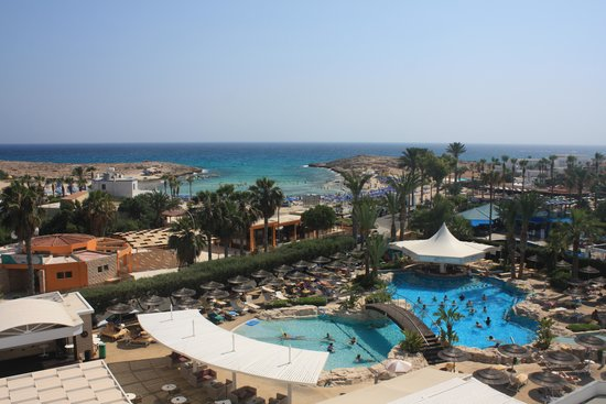 Tasia Maris Beach Hotel: view from 4th floor sea view room