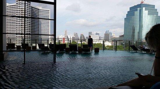 Millennium Hilton Bangkok : Pool