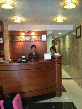 Hanoi Symphony Hotel: Reception